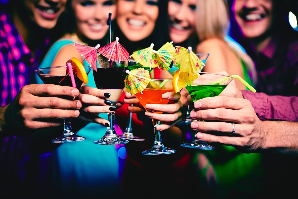 Drinking Alcohol While on Keto - Keto Conduct